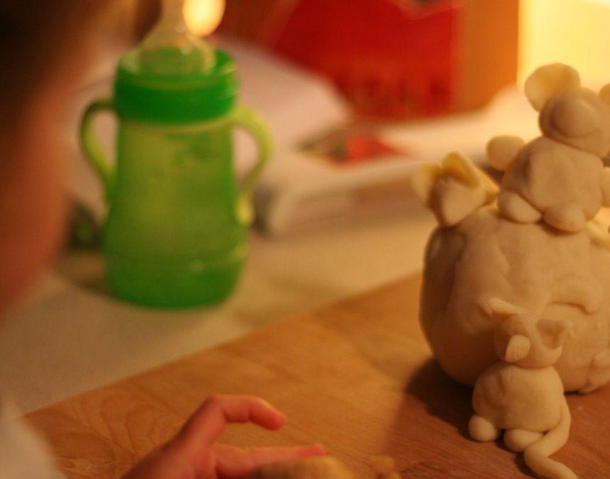 Giochi da fare in casa – Pasta modellabile